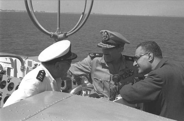 بالفديو .. ديفينس نيوز: الولايات المتحدة سلمت مصر مدمرة بحرية حاملة للصواريخ 2013-635205630734448714-444