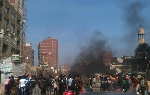 توقف حركة القطارات بالمحلة وإصابة 3 نشطاء بعد هجوم بلطجية عليهم 2013-634973192679961200-996_main