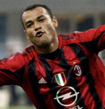 Pogodi koji je ovo nogometaš na slici - Page 2 Gattusondiaye-vip-blog-com-243150SPORT-01s69-cafu-711_368