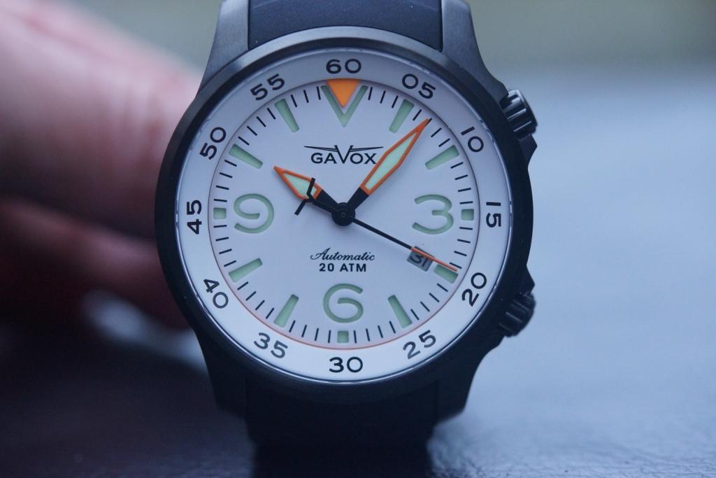renseignements : marques de montres belges ? DSC05107