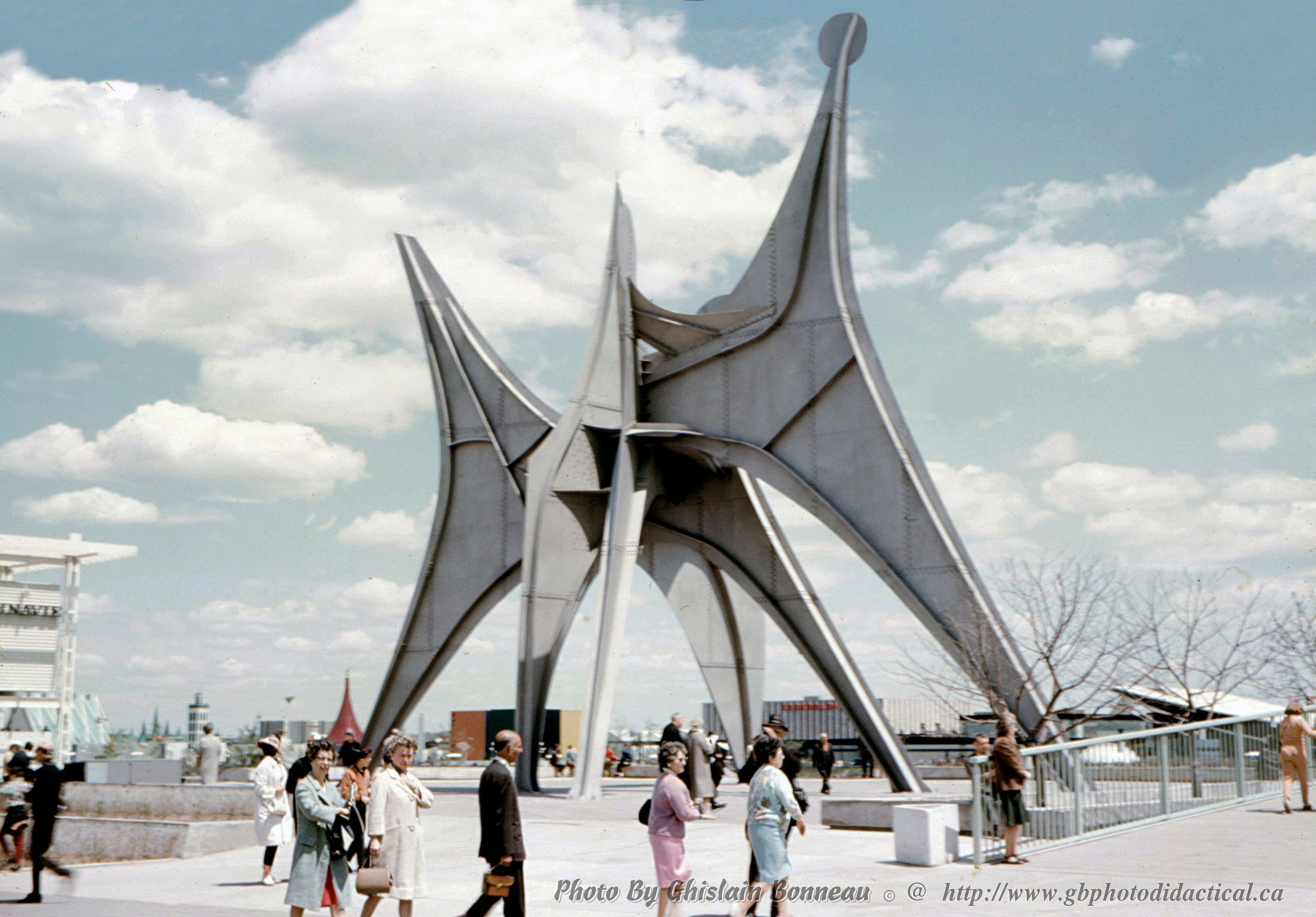 La sculpture du XXe siècle, qui me plaît Photo-Expo-67-29-The-Calder-Stabile