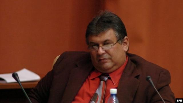 Murilllo ritorna come Ministro dell'Economia 20134E88-9970-4F1C-B2ED-1C38A399890D_w640_r1_s