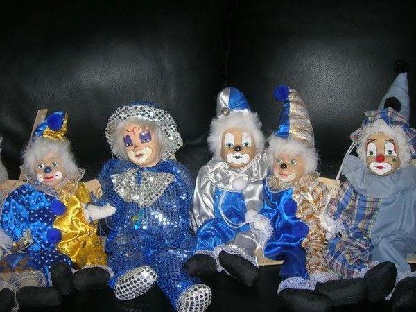 Figurines clowns E72a6fd7