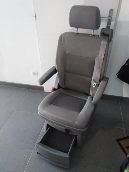 [vendu] siège arrière individuel T5 T6 S1