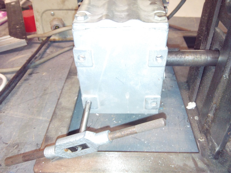 [fabrication] Une dénudeuse pour le recyclage du cuivre 28_Denudeuse_Support_Moteur
