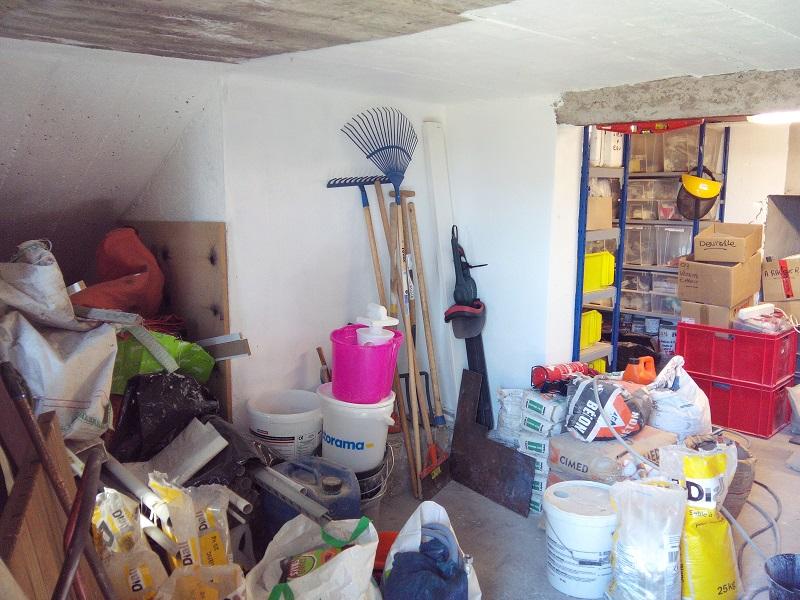 Atelier en sous sol :)  21_Atelier_Entree_gauche