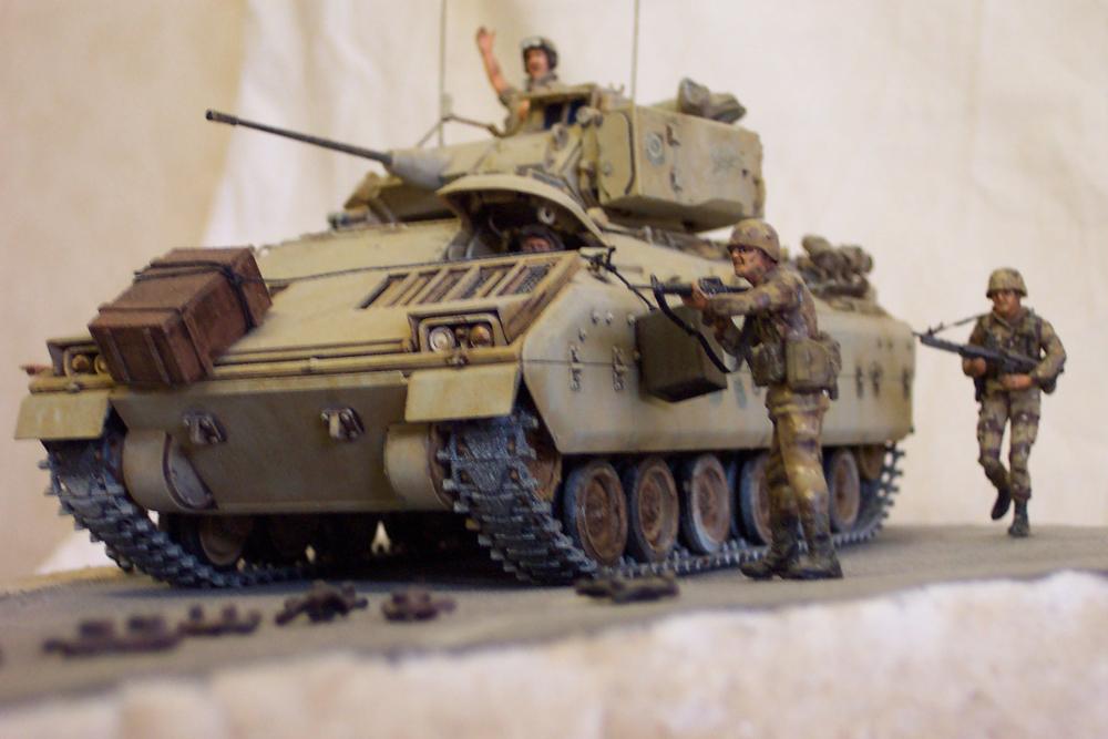 Bradley-BMP -  Tamiya Italeri 1/35 Golfe199110