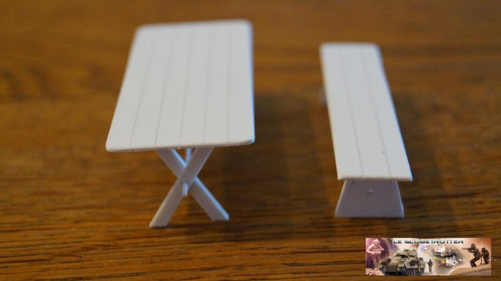 Matériels pour dio SCI FI - 1/35 scratch Falke-1-35-table-banc--a003