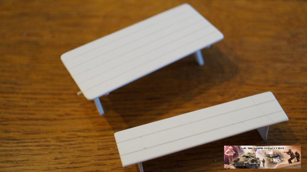 Matériels pour dio SCI FI - 1/35 scratch Falke-1-35-table-banc--a004