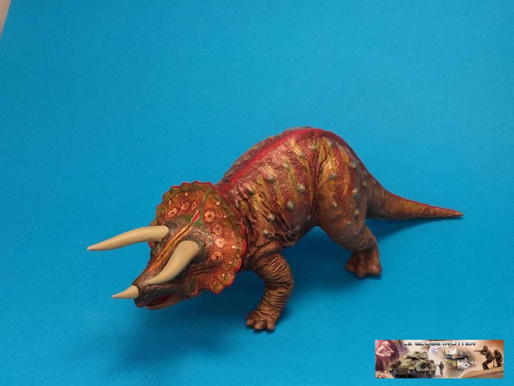 Tricératops - 1/35 Tamiya Triceratops-b001
