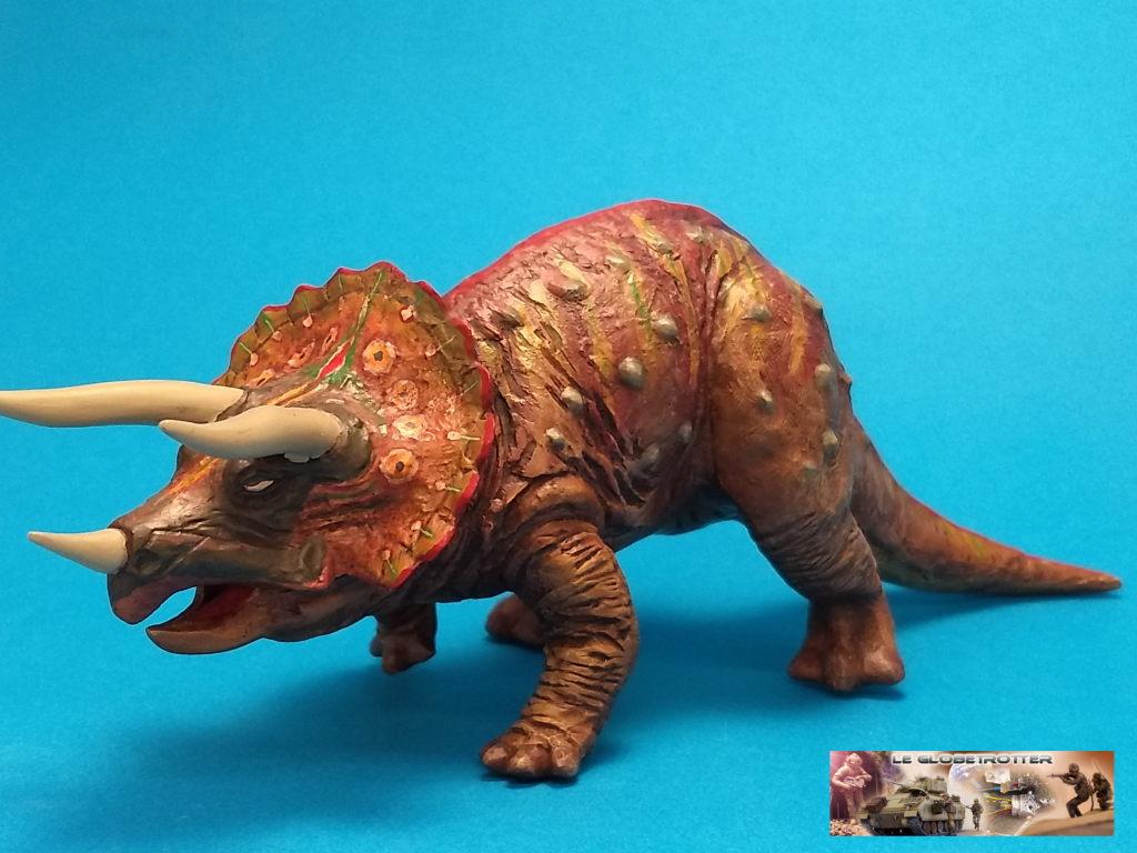 Tricératops - 1/35 Tamiya Triceratops-b002