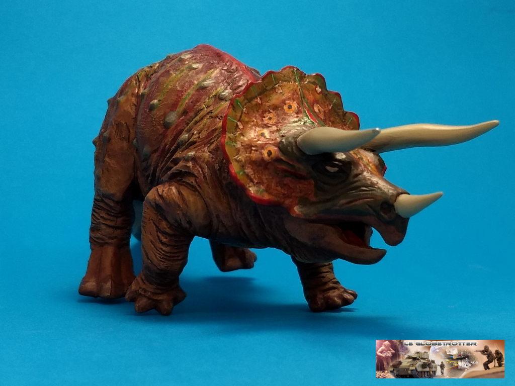 Tricératops - 1/35 Tamiya Triceratops-b004