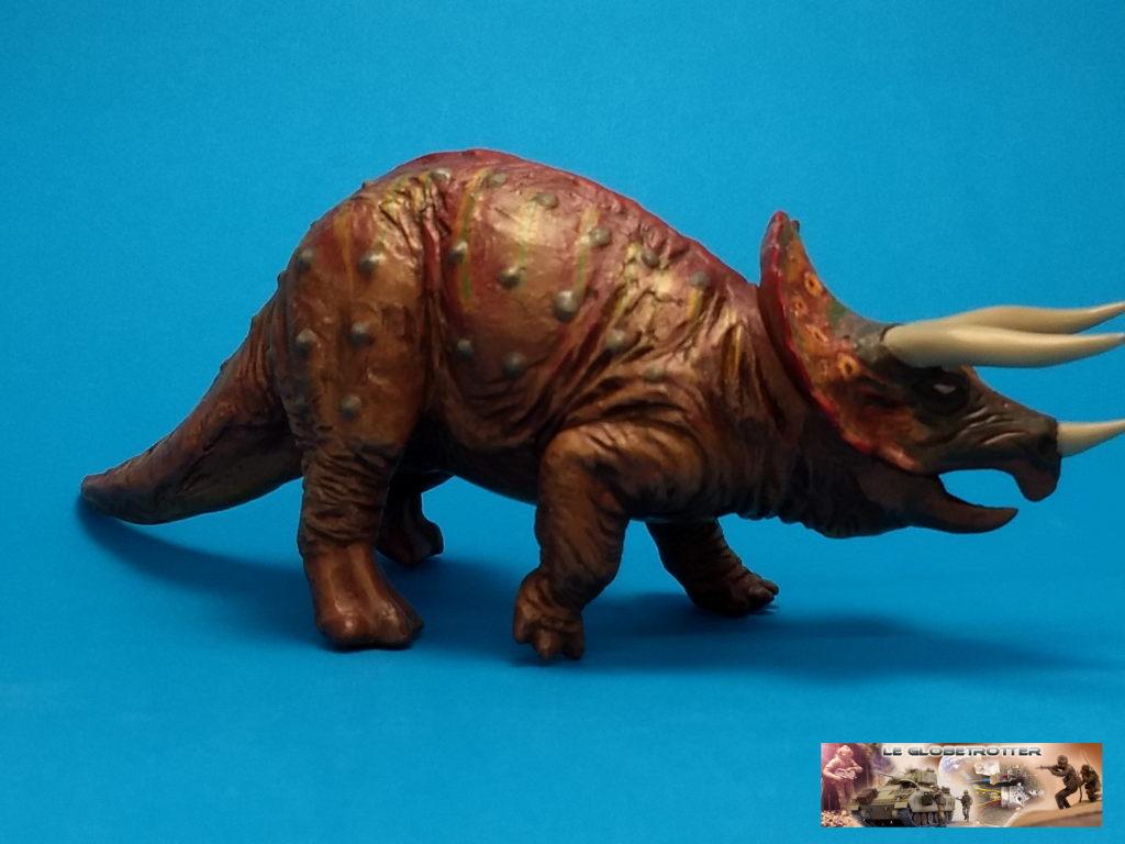 Tricératops - 1/35 Tamiya Triceratops-b005