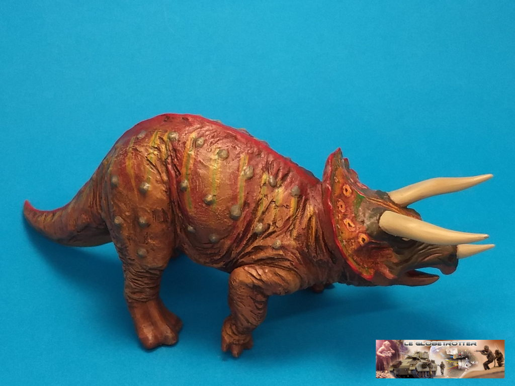 Tricératops - 1/35 Tamiya Triceratops-b007