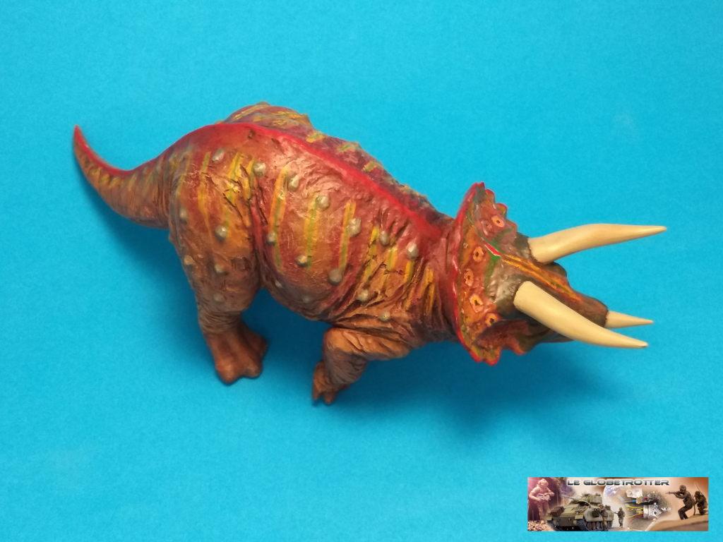 Tricératops - 1/35 Tamiya Triceratops-b008