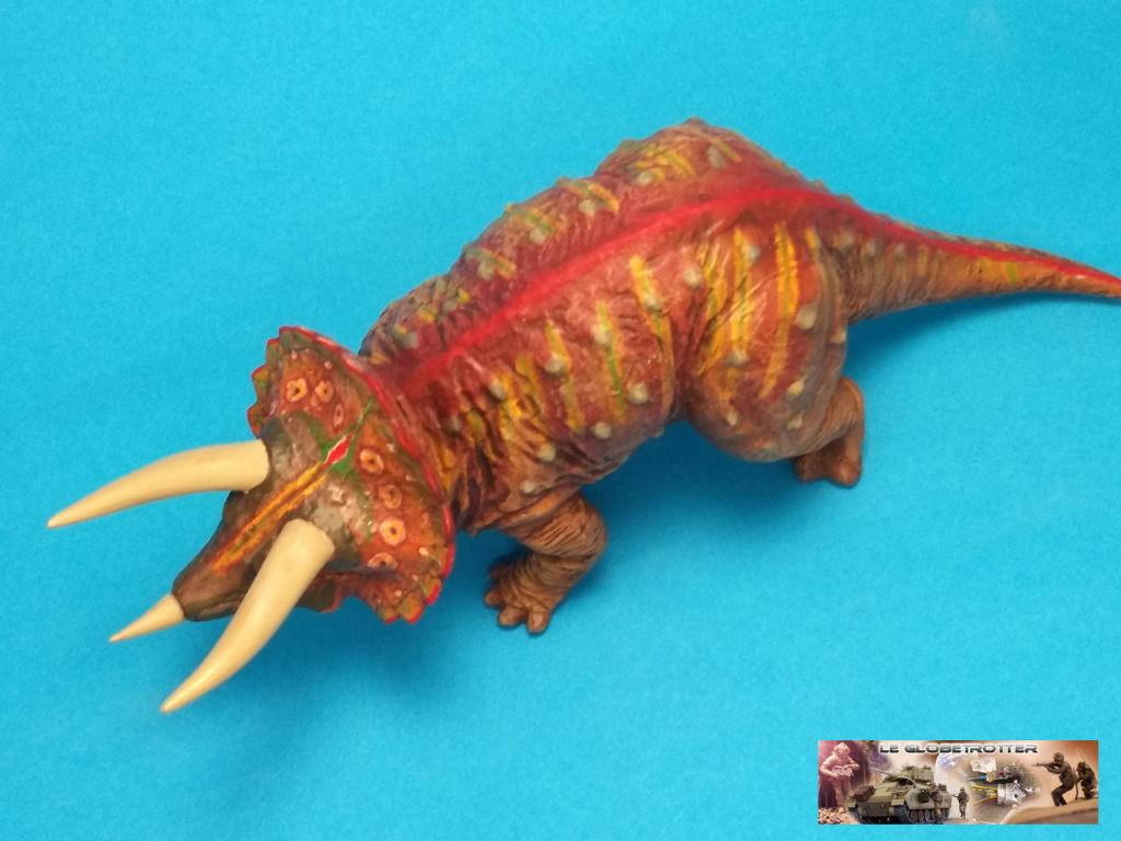 Tricératops - 1/35 Tamiya Triceratops-b013