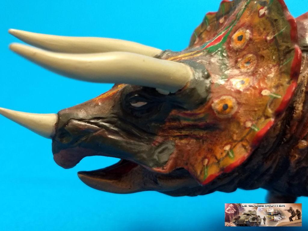 Tricératops - 1/35 Tamiya Triceratops-b016