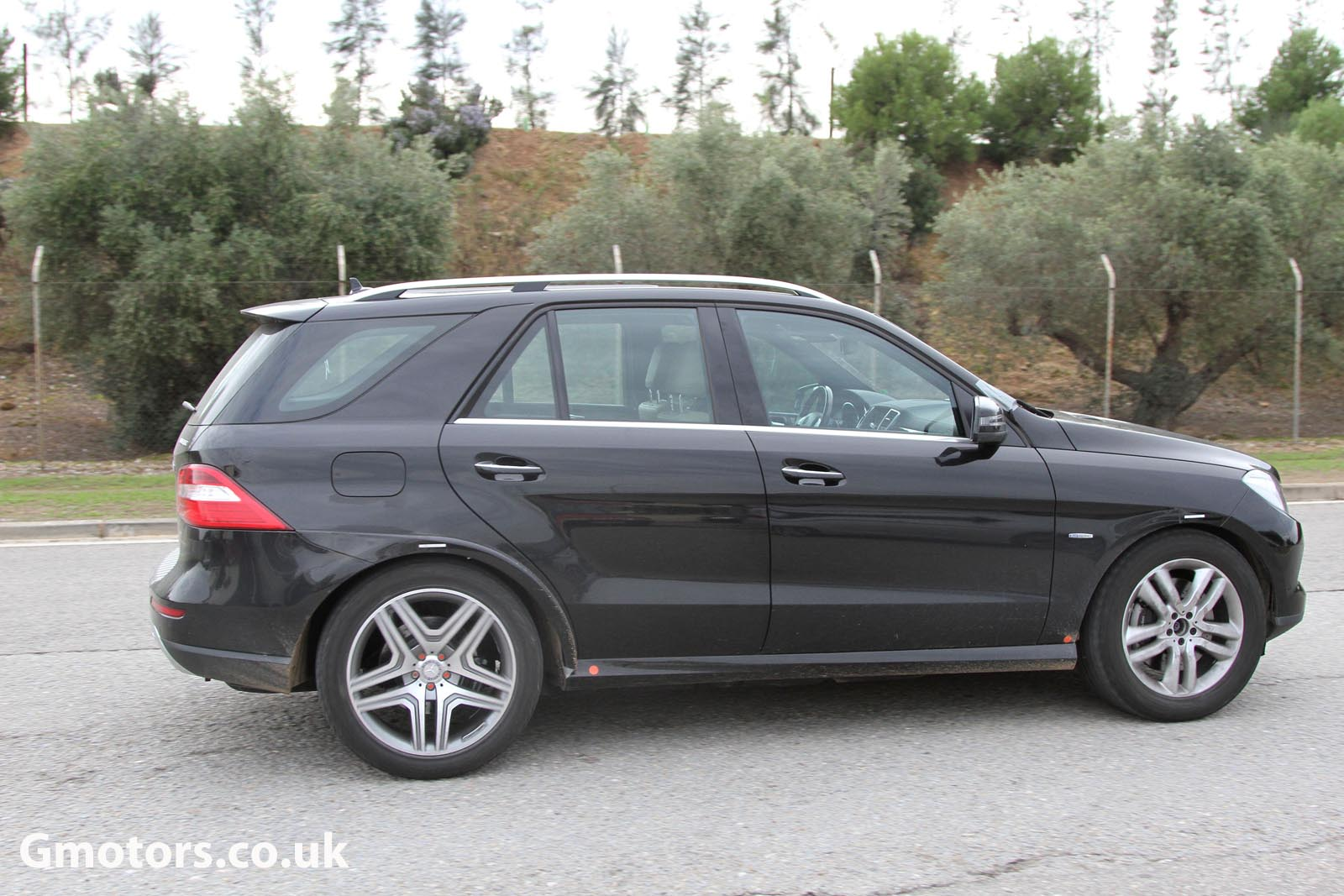 2015 - [Mercedes] GLE Coupé [C292] - Page 2 Mercedes-Benz-MLC-Chassis-Testing-Mule-10