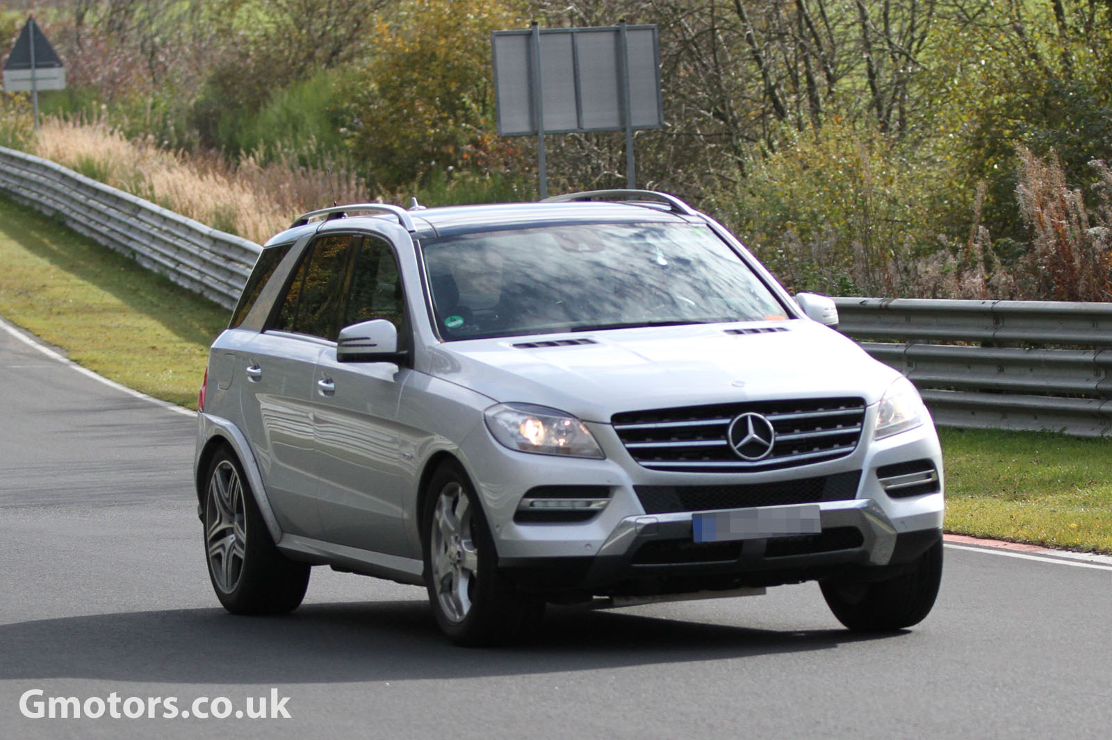 2015 - [Mercedes] GLE Coupé [C292] - Page 2 Mercedes-Benz-MLC-Chassis-Testing-Mule-2