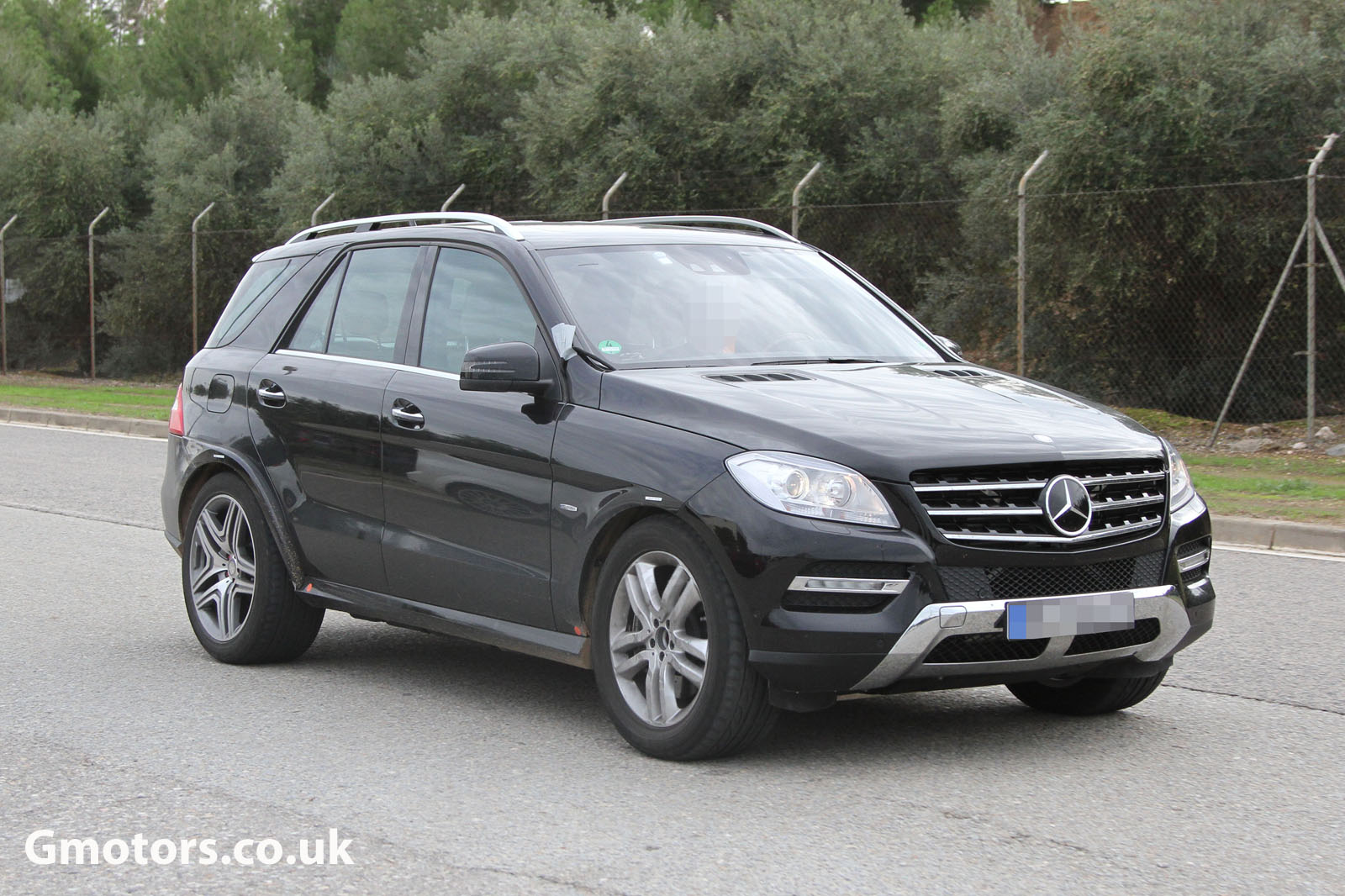 2015 - [Mercedes] GLE Coupé [C292] - Page 2 Mercedes-Benz-MLC-Chassis-Testing-Mule-8