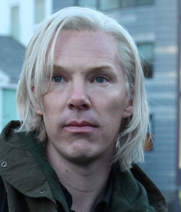 L' étoile de rodger du 4 octobre trouvée par md56 - Page 2 Benedict-Cumberbatch-Julian-Assange-1