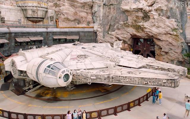 Star Wars: Galaxy's Edge : ils testent la nouvelle attraction du Faucon Millenium ! (vidéo) By Golem13 FauconMillenium-GalaxyEdge