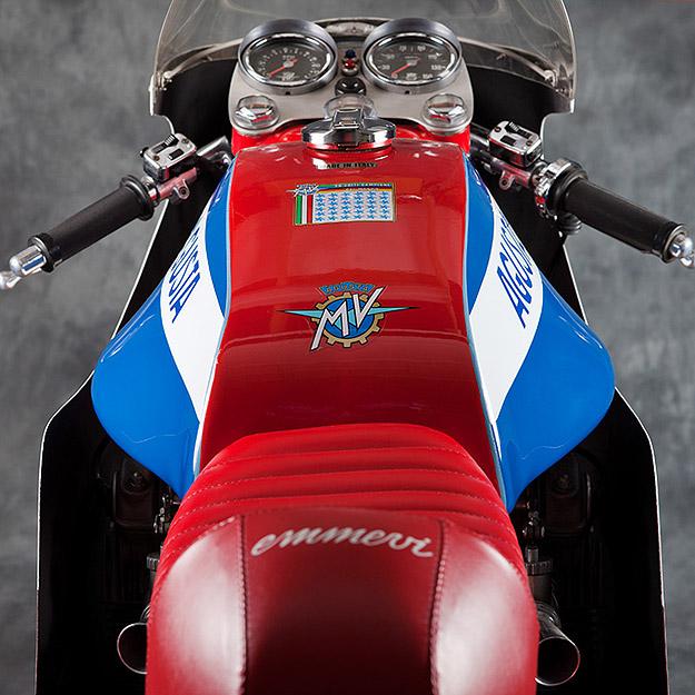 Guzz'Bunny Mv-agusta-750-sport
