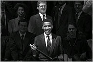 Will Mr. Obama Go To Washington? 28obama_graphic_190