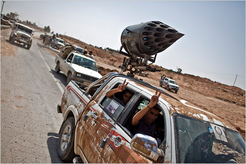 Detienen en Sonora a sujeto con misil comprado en Chihuahua Atwar-chivers-libya-truck-rocket-blog480