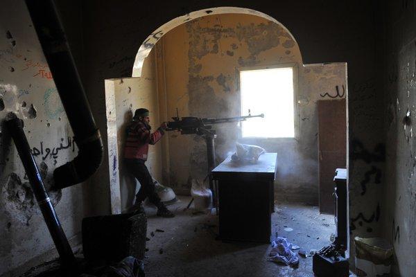 Ingérence impérialiste en Syrie:  Le sinistre plan du Nouvel Ordre Mondial… - Page 2 SYRIA-articleLarge