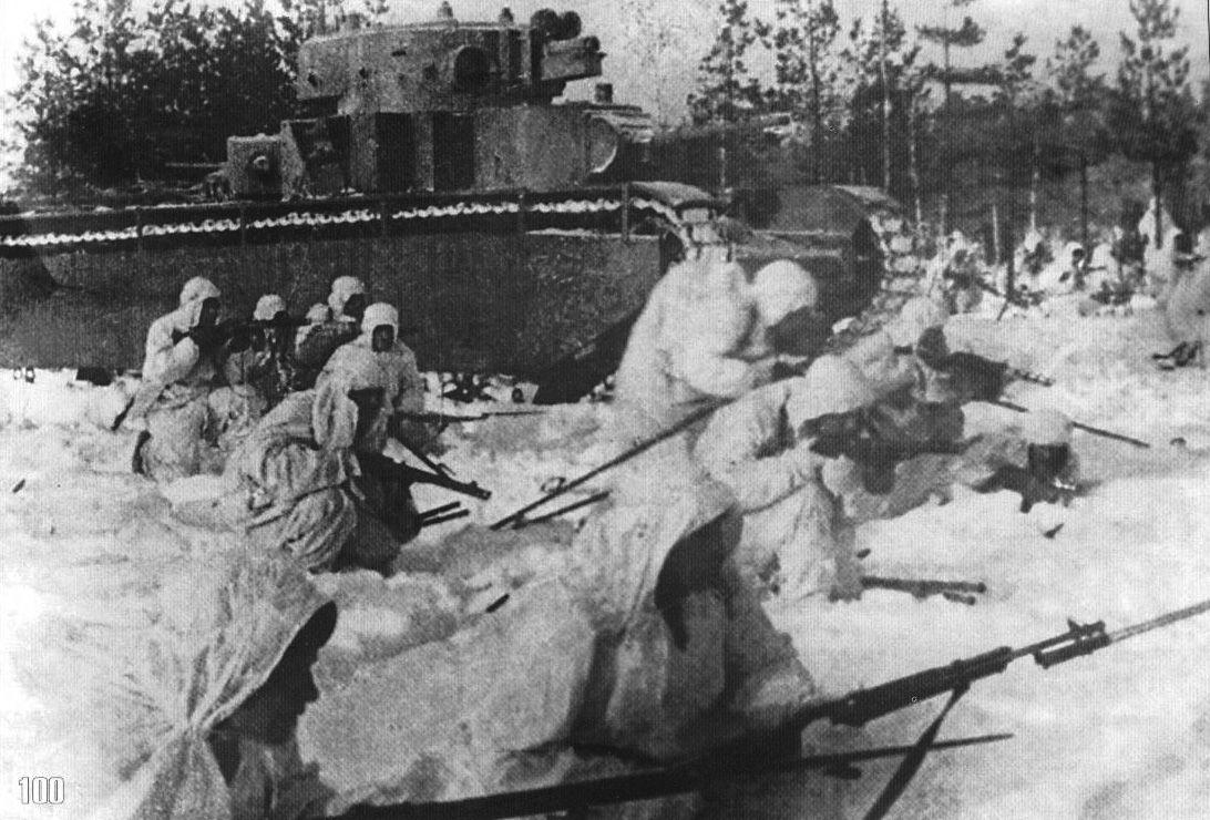 soldats soviétiques - Page 2 Rkka_03