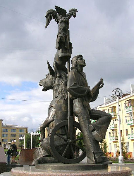 Čudne statue širom sveta - Page 6 Pamyatnik_bremenskim_muzykantam_krasnoyarsk