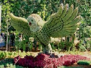 Triển lãm Mosaiculture 2013 Mosaiculture-Owl-with-spread-wings-MEDIUM
