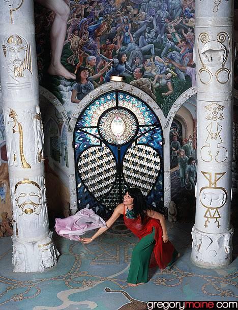Les temples de Damanhur, un chef d'oeuvre souterrain en Italie Fresque-italie-souterraine8-damanhur