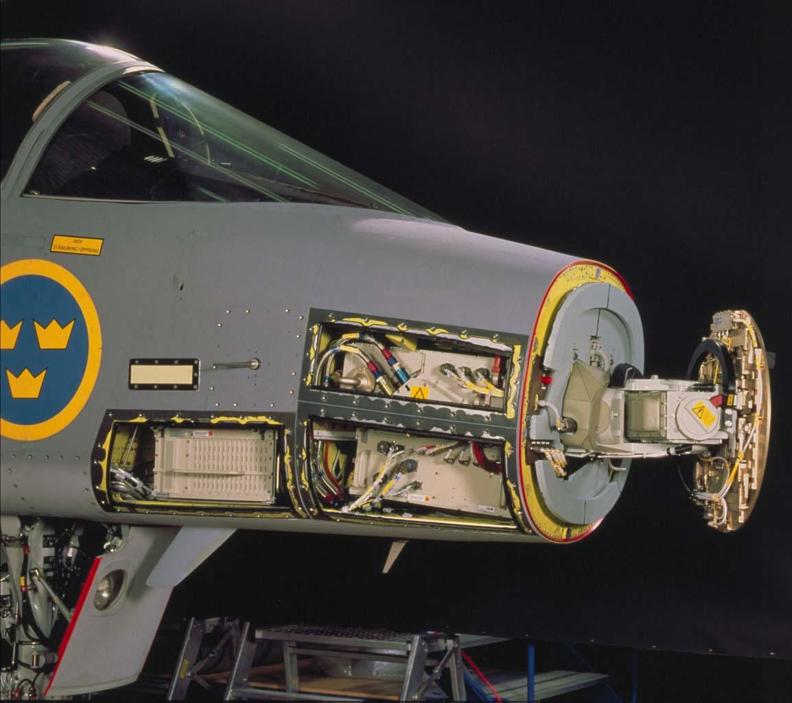 الفتخاء السويدية JAS-39 بالتفصيل الغير ممل! Radar