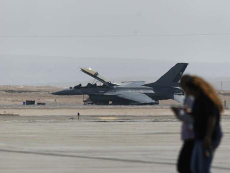 LA VERDAD DEL F-16  CHILE File_20120330185851