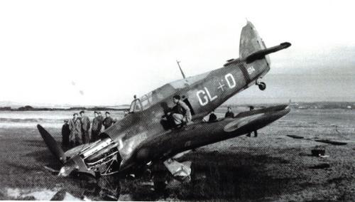 Le Portugal durant la Seconde Guerre Mondiale Hurricane-01