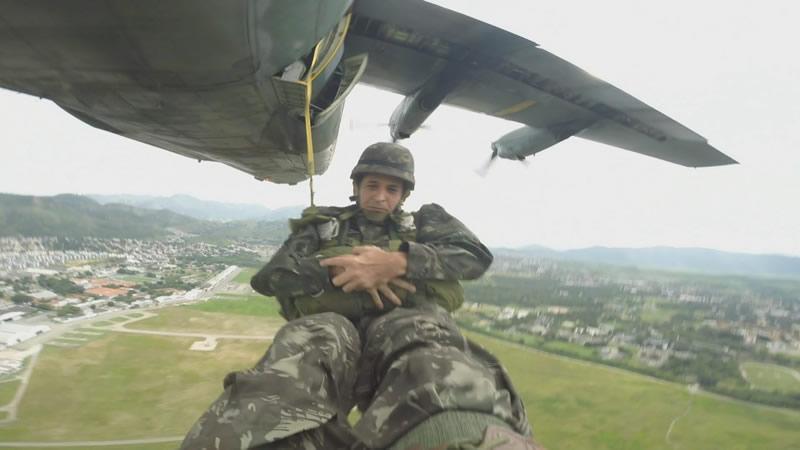 [FSX] C-130 FAB2451 - Lançamento Paraquedista, CDS e Rasante. Pqdt