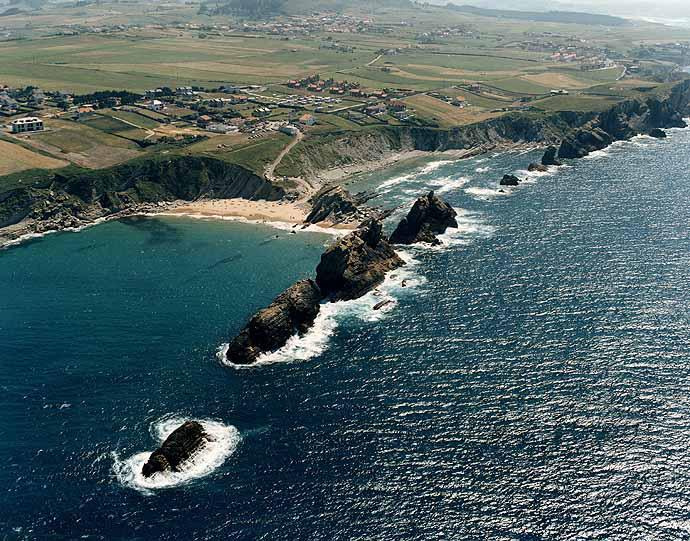 Cantabria. Sitios molones. - Página 3 Playa-de-Arnia