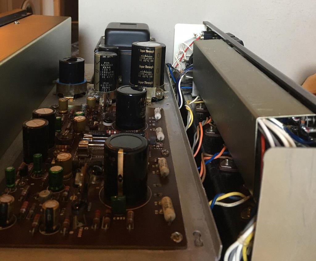 Crest, Yamaha, Amcron pour L 110 - Page 2 AU555-03