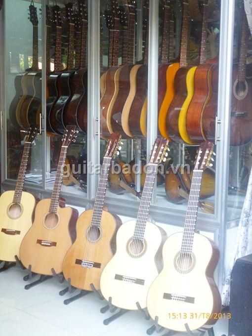 Giới thiệu Văn phòng giao dịch Guitar Ba Đờn Guitar-ba-don-P1020347