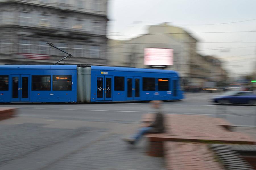 Concours Photo - Sujet concret de Novembre/Décembre - Transports en Commun -Vote jusqu'à l'année prochaine, 05/01 20h D2e0a4d960e976667d9b3630561bb15c