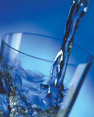 Voda Glass-of-water