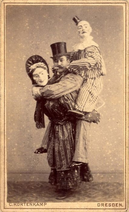 Le cirque ... - Page 2 4216e9e3