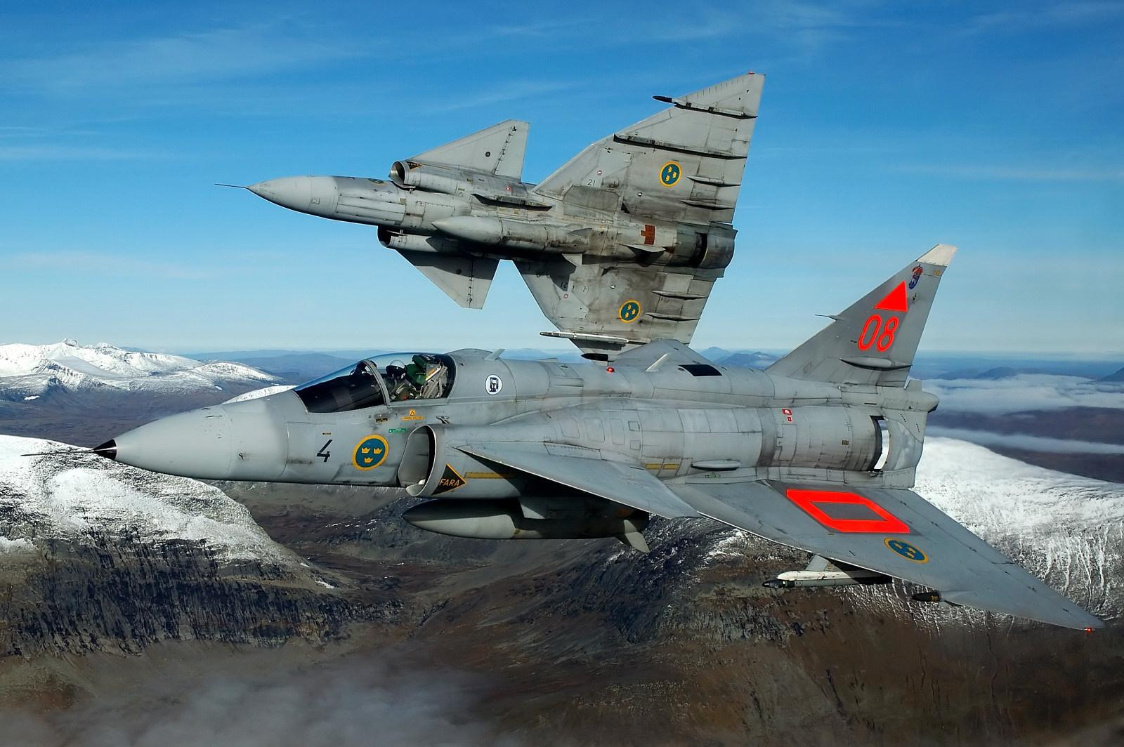 متعددة المهام الجبارة Saab 37 Viggen Saab-viggen_000-ny