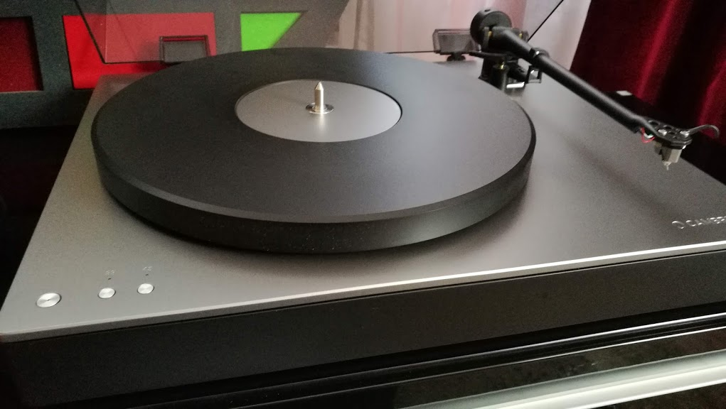 Novos e/ou belos GD - Página 19 Cambridge-Audio-Alva-TT-turntable