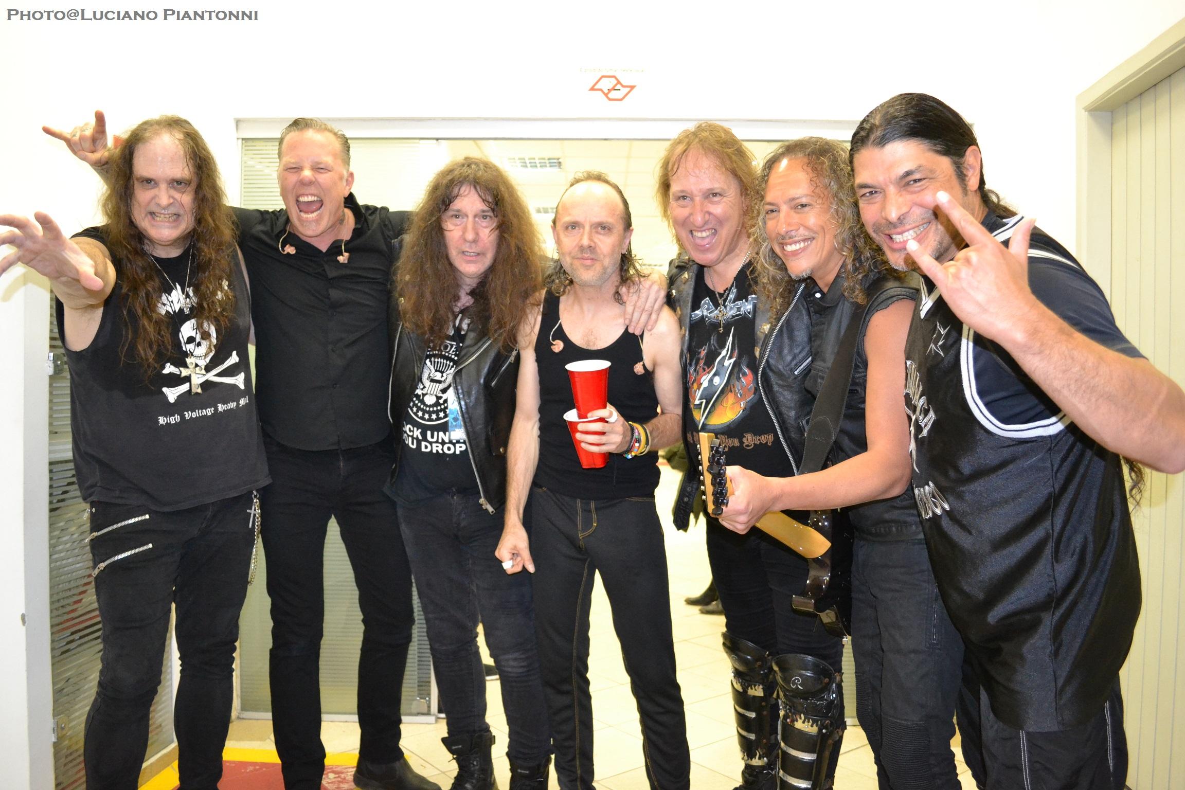 FOTOS GUAPAS Y ROCKERAS Metallica-e-raven-2