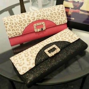 صور شنط يد تححححفة للبنات ♥♥ For-photo.com-Wallet-Handbag-300x300