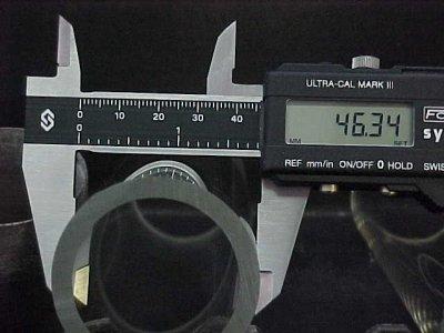 قياس الأبعاد باستخدام القدمة ذات الورنية فيزياء الصف الاول الثانوى المطور 2014  Ecaliper
