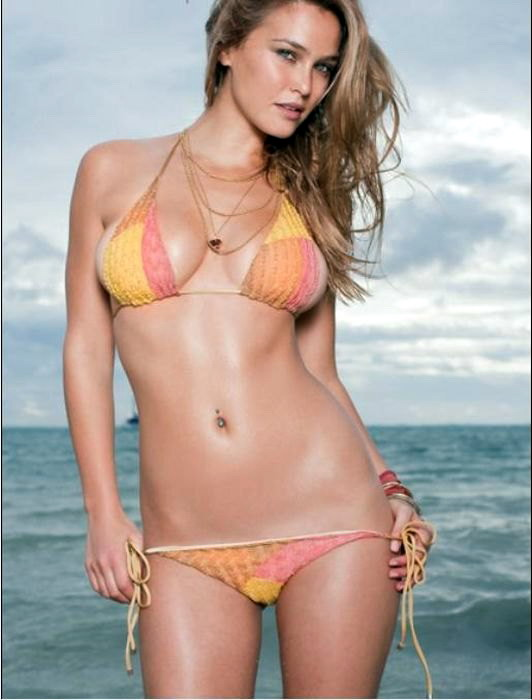 Hot or Not - Page 10 Bar-Refaeli-swimsuit